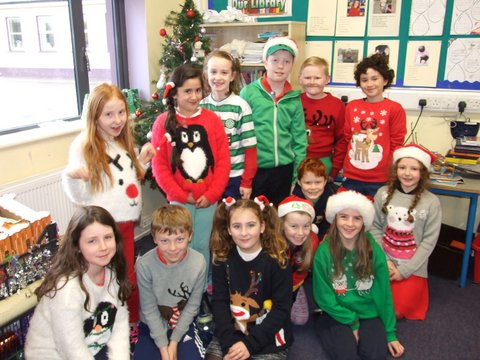Green Day Christmas.Red And Green Day 2015 Knockanean National School